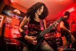 Female metal guitarist. Jackson rr Kevin Bond. Buitre Humano