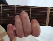 cómo colocar acordes.como poner los dedos en la guitarra