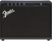 Amplificador de guitarra combo modelling principiantes Fender Mustang GT 40w
